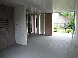 シャルマン・ロジェ[3階]の外観