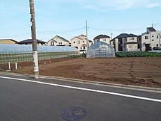 現地土地です。敷地は約36坪ございます。