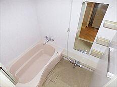 浴室換気暖房乾燥機つき