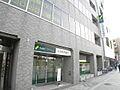 金融機関、三井...