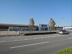 山新 龍ケ崎店(1404m)