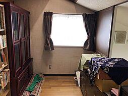 1階2階の各階に納戸がございます