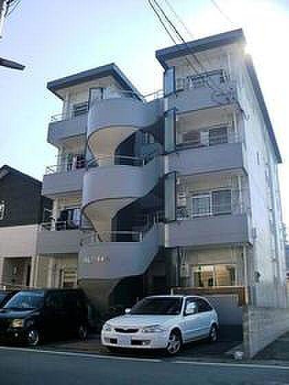 熊本県熊本市中央区白山2丁目の賃貸マンション