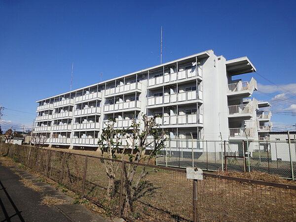 クラウンズマンション本関 2階の賃貸【群馬県 / 伊勢崎市】