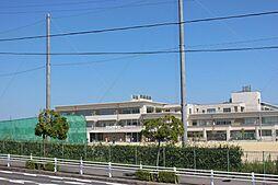 武豊町立武豊中学校 徒歩 約3分(約190m)