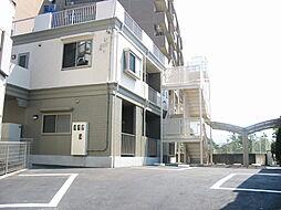 ソワサント プララ[1階]の外観