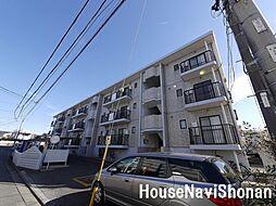 神奈川県藤沢市本鵠沼2丁目の賃貸マンションの外観