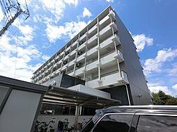 千葉県成田市赤坂1丁目の賃貸マンションの外観