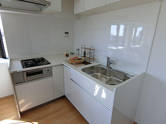キッチン ・家...