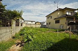 立川市の富士見町に広がる売り地です。閑静な住宅街なので落ちついた環境が手に入ります。