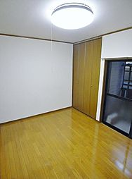 センチュリーハウスB[1階]の外観