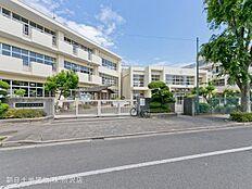 東村山市立富士見小学校 距離1050m