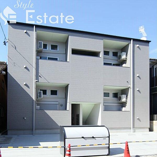 REFINED TASTE三吉 (リファインドテイストミヨシ[2階]の外観