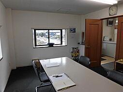 事務所としても倉庫としても利用可能です。