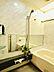「1418」のゆったりとした浴室。横長鏡でより広く感じます。,2LDK,面積70.16m2,価格6,650万円,JR山手線 大塚駅 徒歩9分,東京メトロ有楽町線 東池袋駅 徒歩10分,東京都豊島区東池袋2丁目38番4号