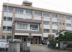 中学校加太中学校まで1111m