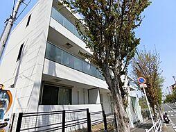 ファミーユ千里[3階]の外観