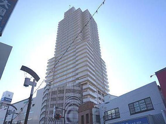 31階建のタワ...