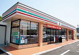 セブン-イレブン 名古屋相生山駅前店 620m
