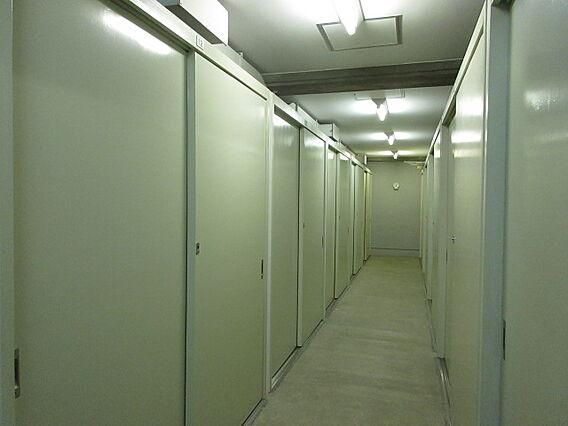 地下1階の倉庫...