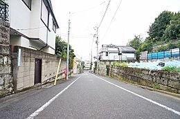 前面道路(南)