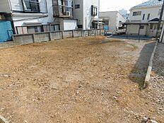 敷地内(建物解体済み・更地)2018年3月撮影