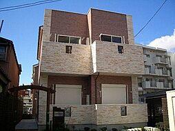 コンクラーベ[2階]の外観