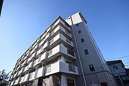 ルネ・アルマーニ[4階]の外観