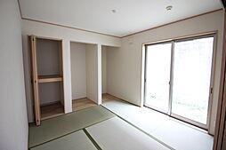 リビングに和室が隣接しているので家事の合間に寛ぎスぺースとしてもおススメです