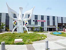 万博記念公園駅(1800m)