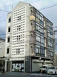京都府京都市上京区閻魔前町の賃貸マンションの外観
