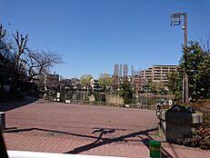公園見次公園まで619m