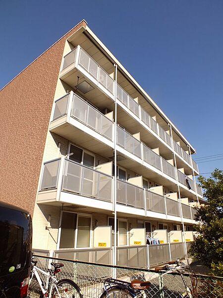 レオパレスメローフィールド K[1階]の外観