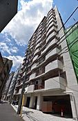 曙橋駅徒歩4分の四谷コーエイマンション。総戸数102戸の外観