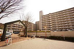 兵庫県川辺郡猪名川町若葉2丁目の賃貸マンションの外観