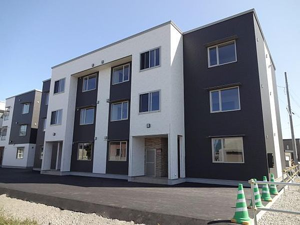 Juveni(ジュビナイ) A棟 2階の賃貸【北海道 / 旭川市】