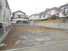 敷地面積32坪以上、建築条件無し売地 全2区画。2路線2駅利用可能な住環境。