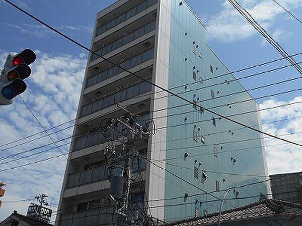 サンシャルム万代[8階]の外観