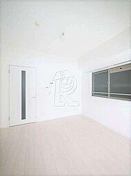メイソンデグレース天神南の家具配置がしやすいですね。