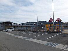 幼稚園きらら子ども園まで2115m