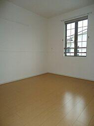 ベラ・ルーチェCの洋室
