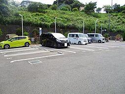 ベイサイドテラス ANNEX Bの駐車場