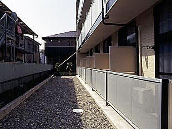 レオパレスエクセル道場北[203号室]の外観