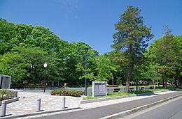 公園将軍池公園まで740m