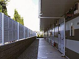 レオパレスセジュール和泉[1階]の外観