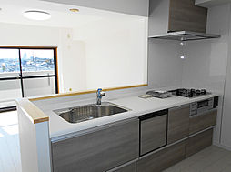 「システムキッチン」新品、食洗機付き