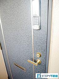 電子キー付きの玄関