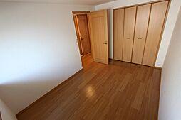 ファインヒル吉根Bの洋室