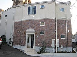プリマ十六番館[1階]の外観