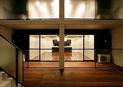 室内参考写真(窓先空地から居室を見る/Aタイプ)